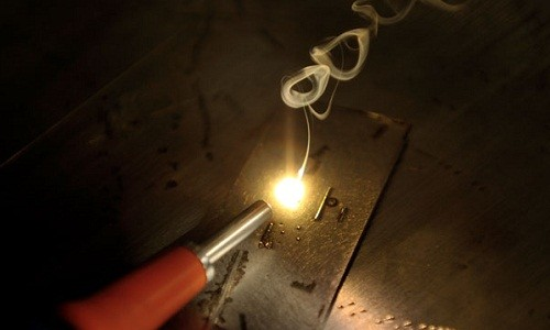 Выполнение лазерной сварки